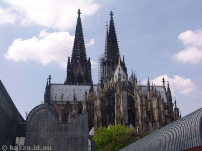 Kölner Dom from outside Kölner Philharmonie‎