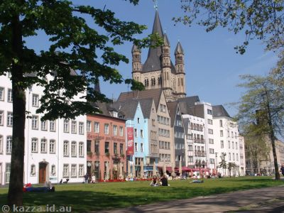 Altstadt and Great St Martin on the banks of the Rhine