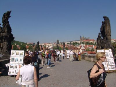 Tourists and vendors on the Charles Bridge