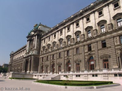 South-eastern face of Hofburg Imperial Palace