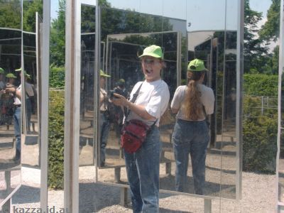 There were some other fun bits and pieces in the gardens, including this funky mirror setup and some trick fountains