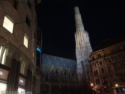 Stephansdom by night