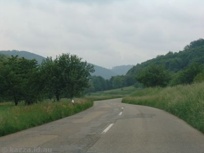 Heading up the L106, approaching Bleichheim