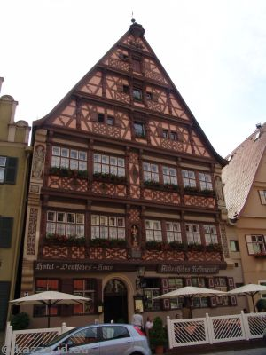 Supposedly famous medieval building in Weinmarkt