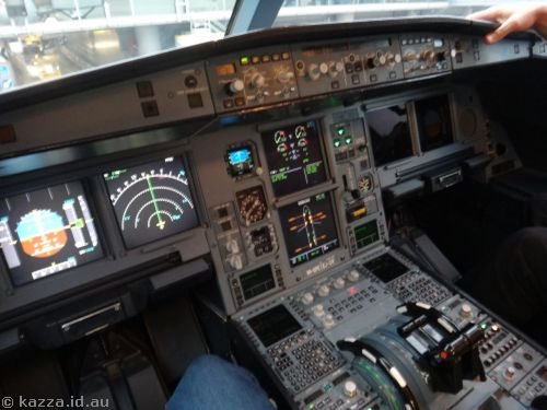 Cockpit of the A330
