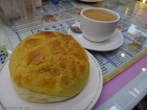 Pineapple bun and milk tea
