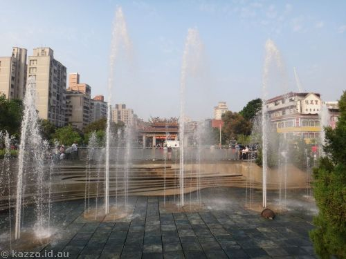 Fountain at Longshan Temple