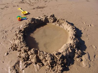 Sand hole
