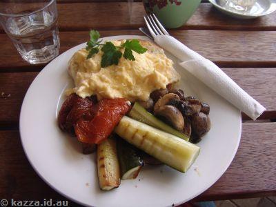 Satis big breakfast
