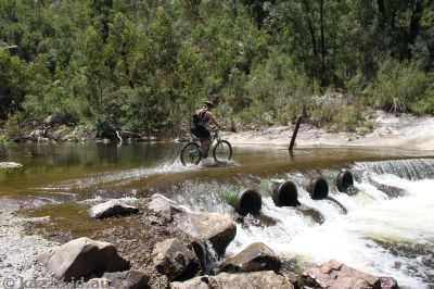 Cyclist at Bendora Dam