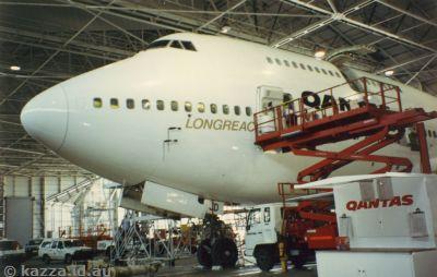 Qantas Longreach 747-438 VH-OJD