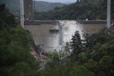 New Cotter Dam overspill