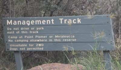 Management track sign