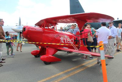 Red baron (1979 Pitts S-2A Special VH-FFF)
