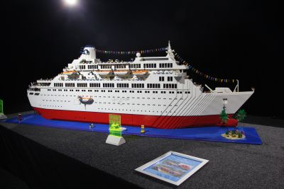 The Love Boat in Lego