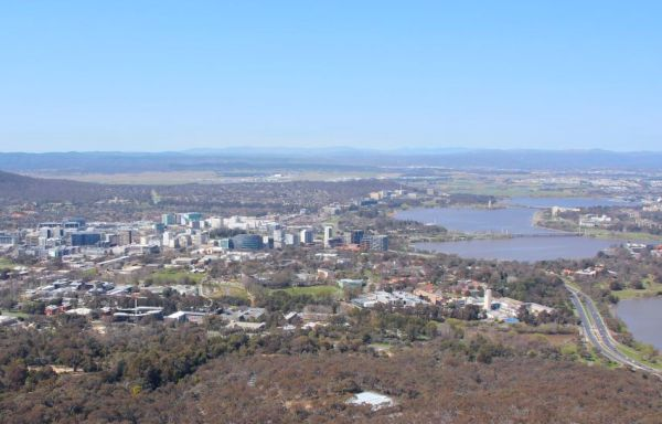 Canberra from Black Mountain, September 2016