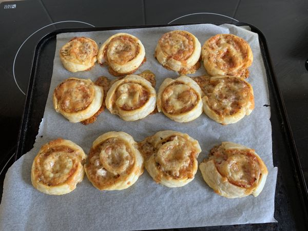 Epic pizza scrolls