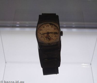 Watch that stopped when the atomic bomb went   off