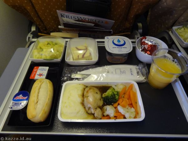 Lunch on the plane - Pan Fried Chicken in Herb Gravy, served with sauteed vegetables and mashed potato