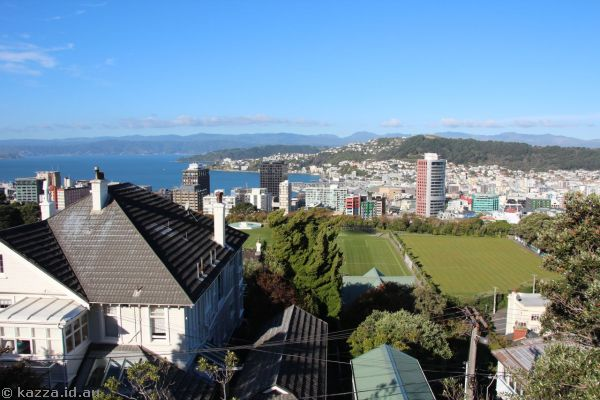 Wellington from the top of the Cable Car