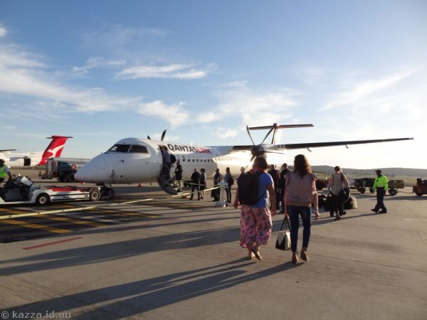 Our plane to Sydney - Qantas Dash-8 VH-LQJ