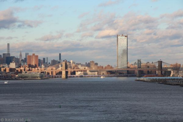 Looking up the East River