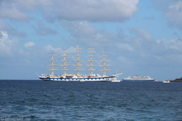 Star Clippers' Royal Clipper and Queen Mary 2 off St Lucia