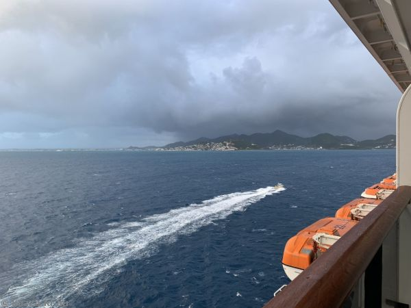St Maarten and pilot boat