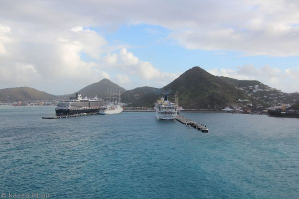Ships docked at St Maarten