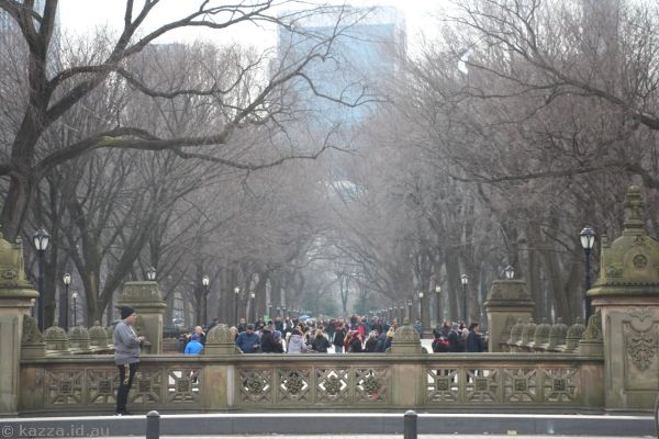 Looking south down The Mall