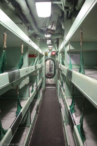 Corridor and crew sleeping compartments on USS Growler