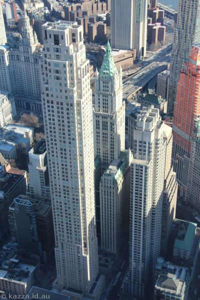 Four Seasons Hotel New York Downtown and Woolworth Building