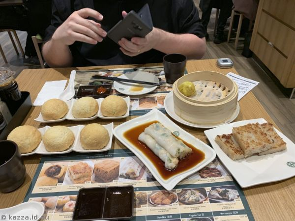 Our feast at Tim Ho Wan