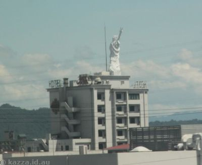 Statue of Liberty Hotel near Kyoto