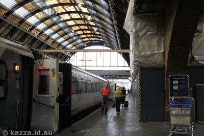 The brickwork between platforms 4 and 5 where they filmed the entrance to Platform 9 3/4