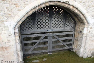 Traitors' Gate from the outside