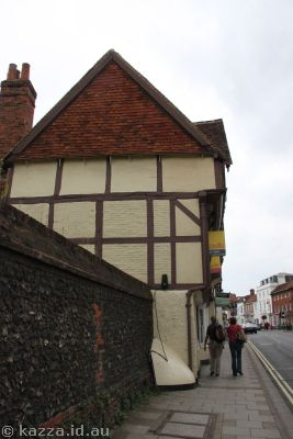 Crazy medieval buildings in Henley on Thames