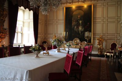 State rooms in Warwick Castle