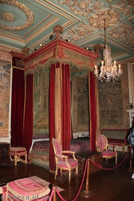 Bedroom in Warwick Castle