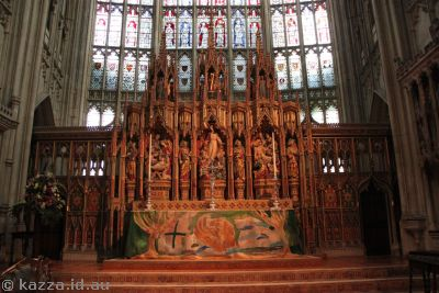 Altar in Gloucester Cathedral