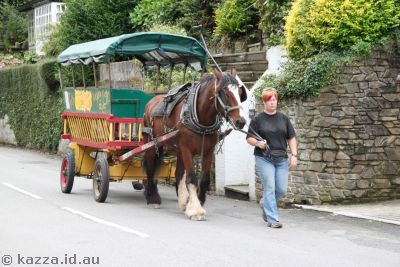 Horse-drawn wagon in Polperro