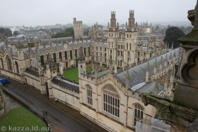 Looking into All Souls College