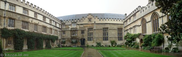 Jesus College quadrangle