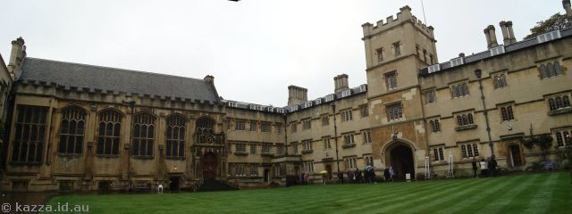 Exeter College quadrangle
