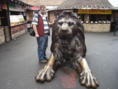 Stu and the Camden Lion