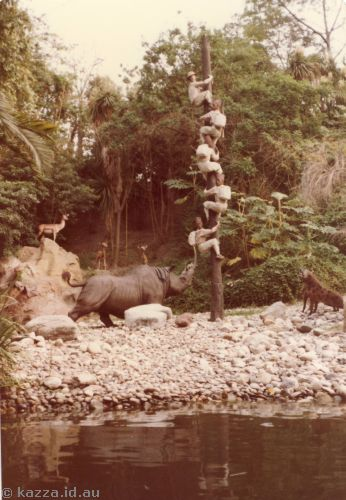 Scene from Jungle Boat, Frontierland